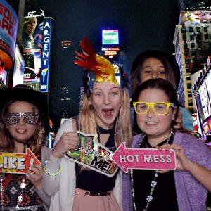 2017-12-02 NYX Events - Lila's Bat Mitzvah Greenscreen (19)